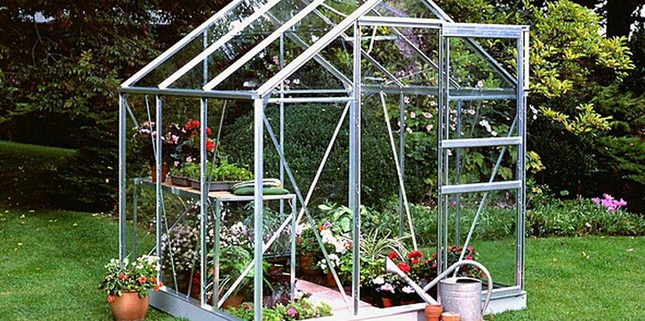 Sale on Halls Popular Greenhouses - £50 off all stocked Halls Popular Greenhouses